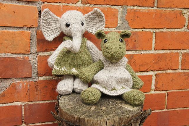 Nellie Hippo and Elephant Floor by Annita Wilschut